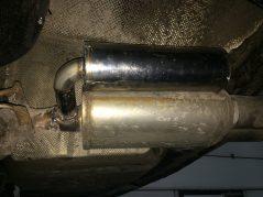 Рассчитали и установили резонатор Гельмгольца для BMW 5 e60
